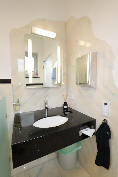 steinmetz illenberger badgestaltung alles aus einer hand steinmetz illenberger. Black Bedroom Furniture Sets. Home Design Ideas